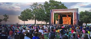 Chicago Shakespeare Theatre is back in Chicago parks this summer with free ;performances. Chicago Shakespeare photo