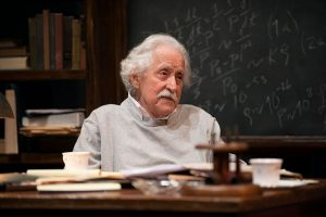 Mike Nussbaum is Einstein in Relativity at Northlight. Michael Brosilow photo