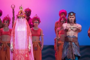 Marina Rebeka and Mariusz Kwiecien in The Pearl Fishers at Lyric Opera. Todd Rosenberg photo