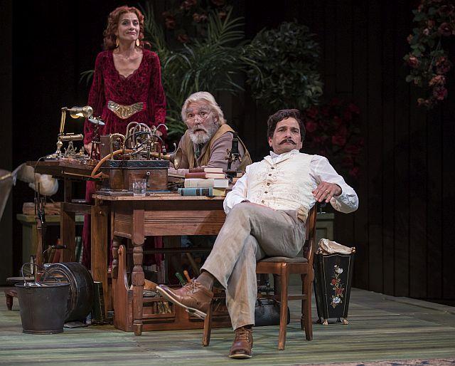 Tracy Michelle Arnold, Jonathan Smoots & Jim DeVita, Heartbreak House. (Photo by Liz Lauren.)