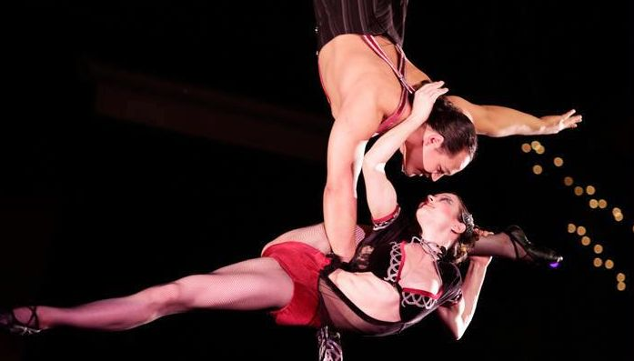 Aerial artists Duo Rose (Photo by John Cornicello)