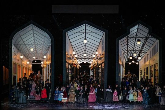 "Parisian street scene in ""La boheme at Lyric Opera of Chicago. (Todd Rosenberg photo)"