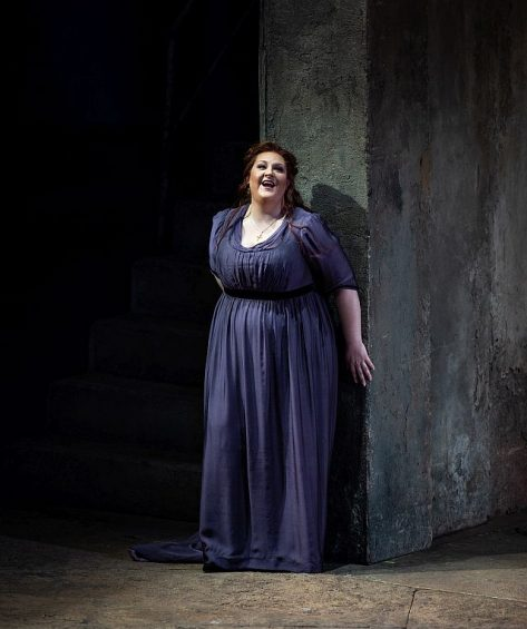 Tamara Wilson (Lenora) in Il Trovatori at Lyric Opera of Chicago (Todd Rosenberg photo)