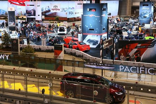 Chicago Auto Show has three test tracks. (Photo courtesy of Chicago Auto Show 2017)