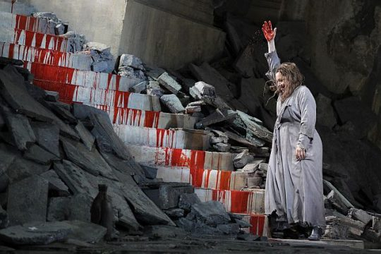 Nina Stemme as Elektra at Lyric Opera of chicago. (Photo credit Cory Weaver and Lyric)